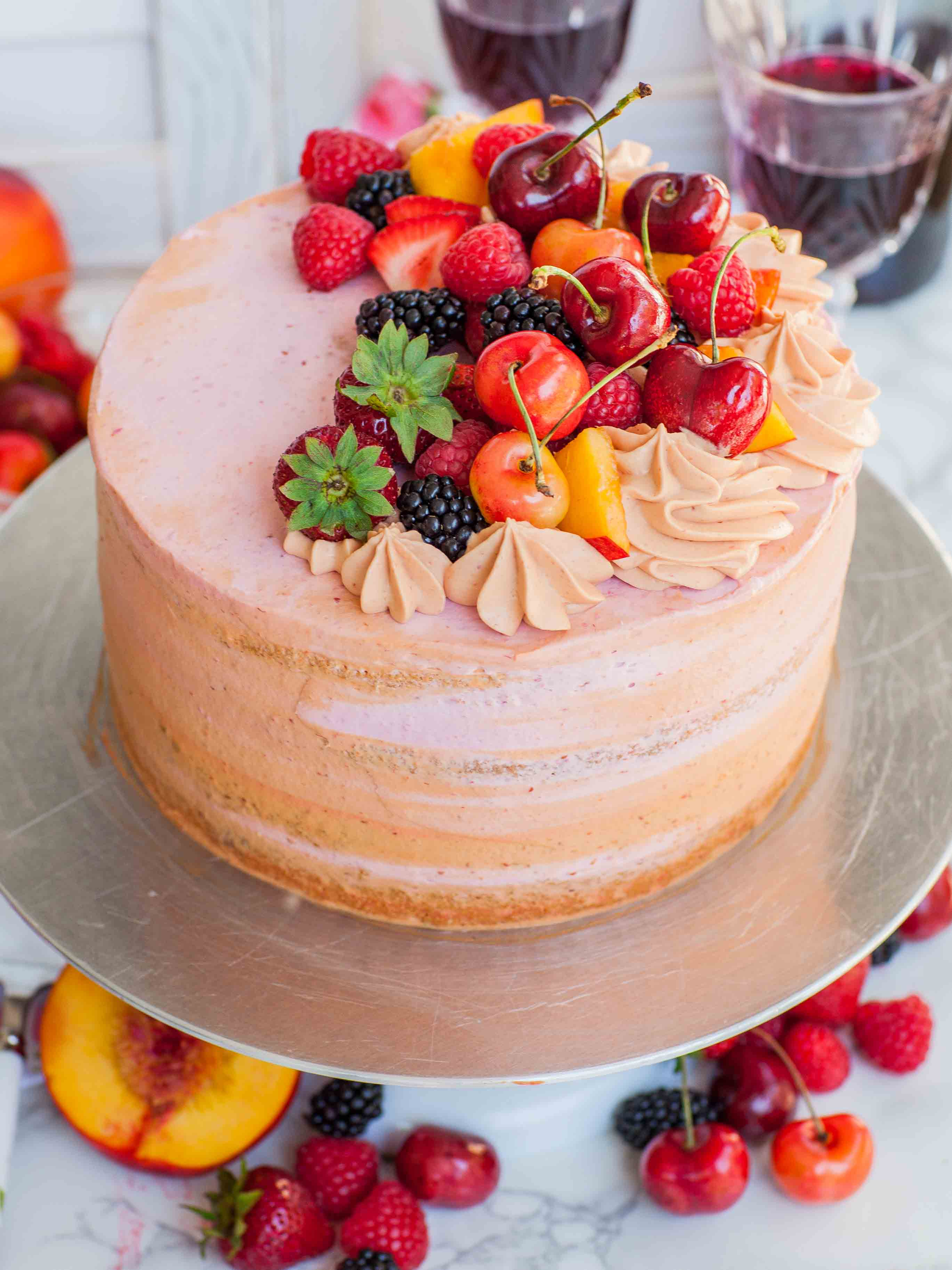 Order yummylicious cake online with Mickys