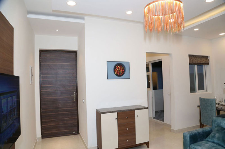 3 bhk flats in greater noida Call 9999977721